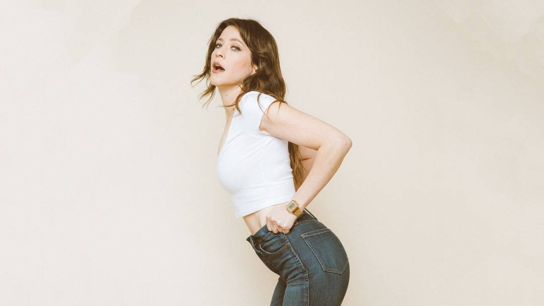 'GLOW' Star Jackie Tohn Is Doing This, With or Without You