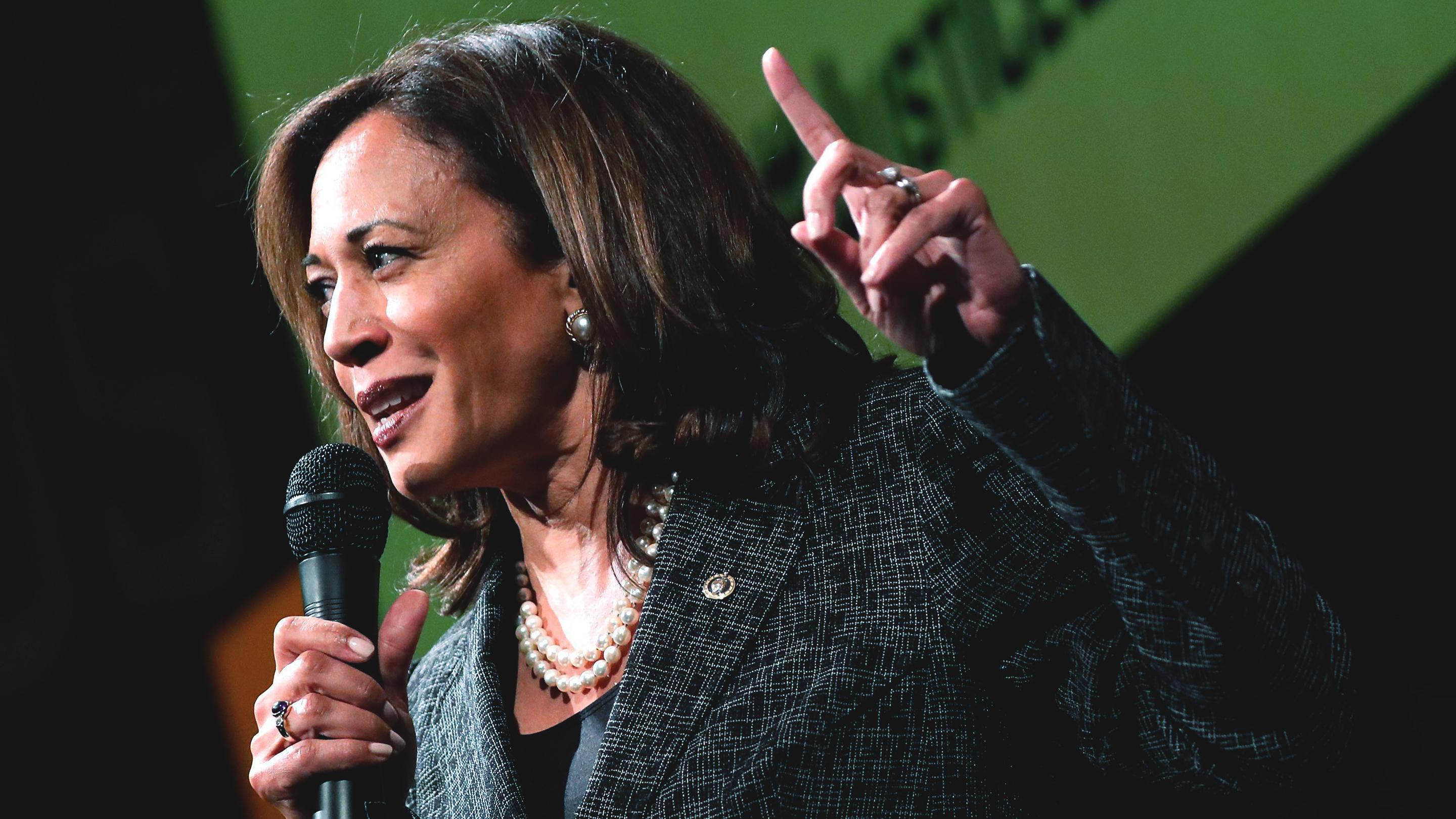 Can Democrats Kamala Harris, Cory Booker and Kirsten Gillebrand Reject PAC Money and Still Win?